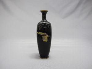 三蝶図 四方花瓶 横面1
