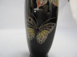 三蝶図 四方花瓶 下部