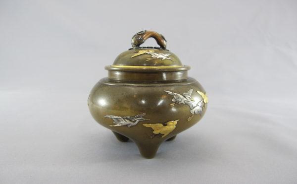 銅 象嵌 飛翔鷺図香炉