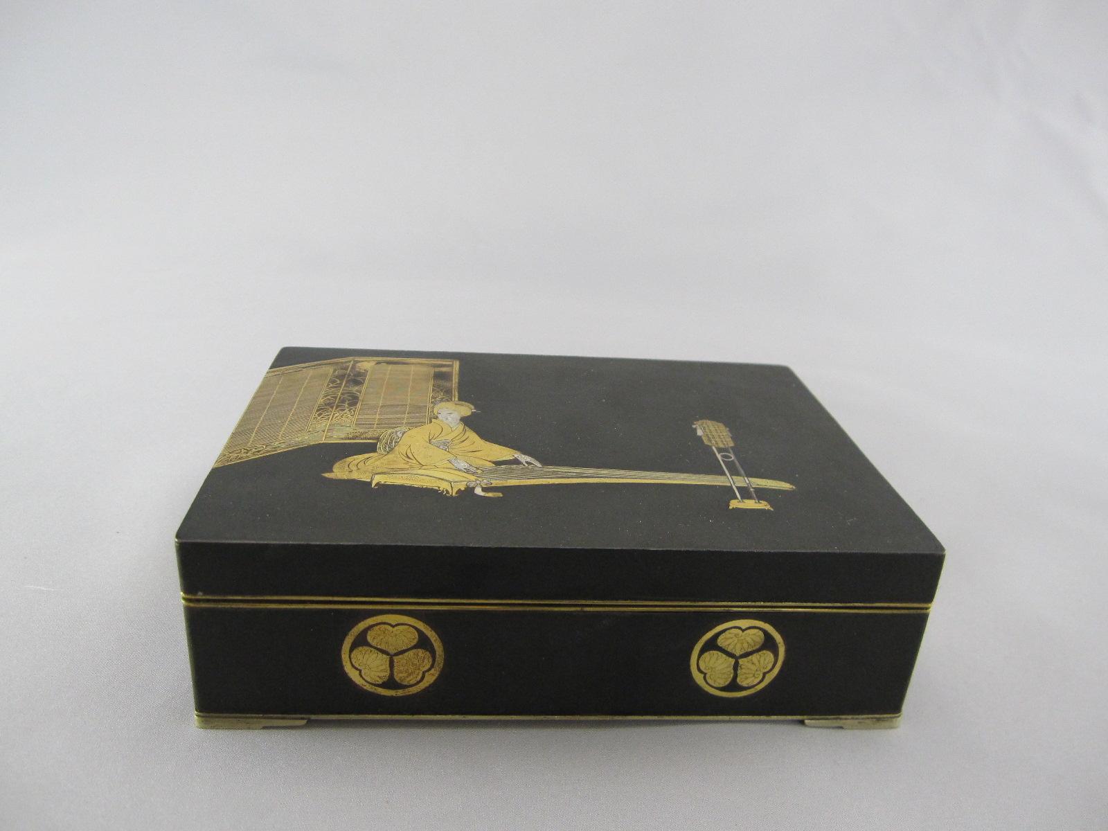 駒井製 鉄象嵌 美人図飾箱
