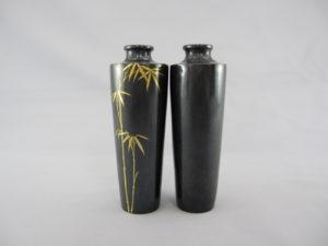 能川製 赤銅象嵌竹図 小花瓶一対正面と背面