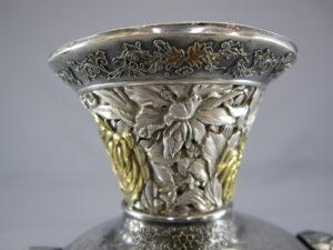 銀七宝 鳳凰に獅子図象嵌花瓶上部①