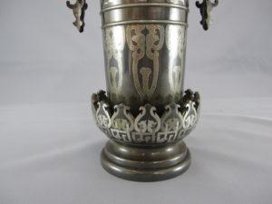 金澤銅器会社製 象嵌 双耳花瓶下部