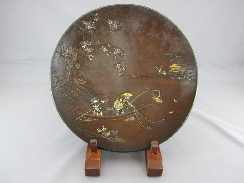 能川製象嵌鵜飼い図飾皿