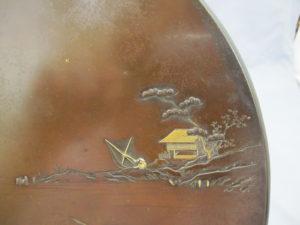 能川製 象嵌鵜飼い図飾皿上部右図拡大
