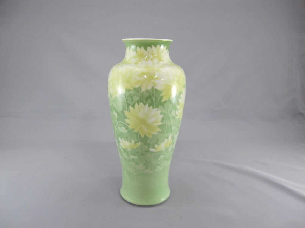 初代真葛香山 釉下彩 菊花図花瓶その1