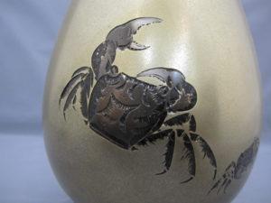 桂光春 蟹図花瓶その1蟹図拡大