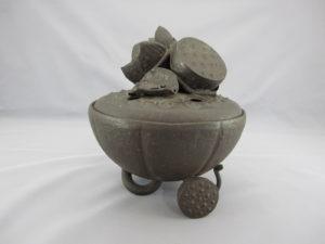 明珍 鉄打出蓮形香炉(その1)