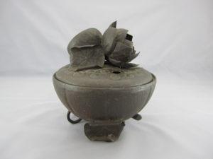 明珍 鉄打出蓮形香炉(その3)