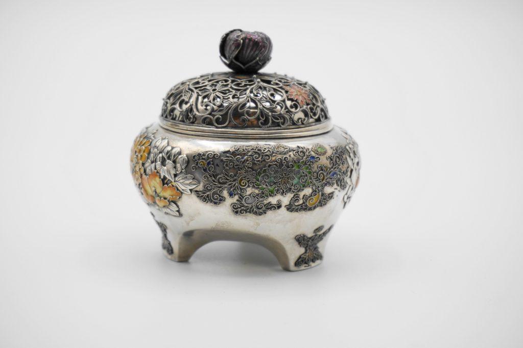 根本製銀七宝花図香炉(その3)